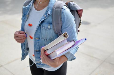 CPAS, comment communiquer aux jeunes et étudiants de sa commune ?